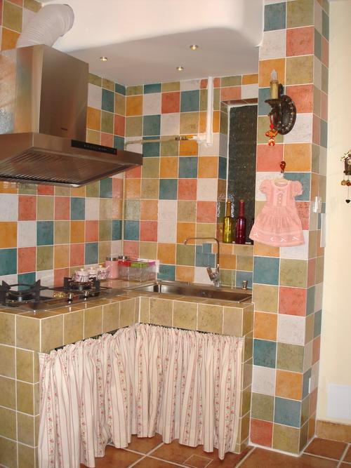 厨房灶台图片,砖砌厨房装修效果图,农村厨房瓷砖灶台图片图片